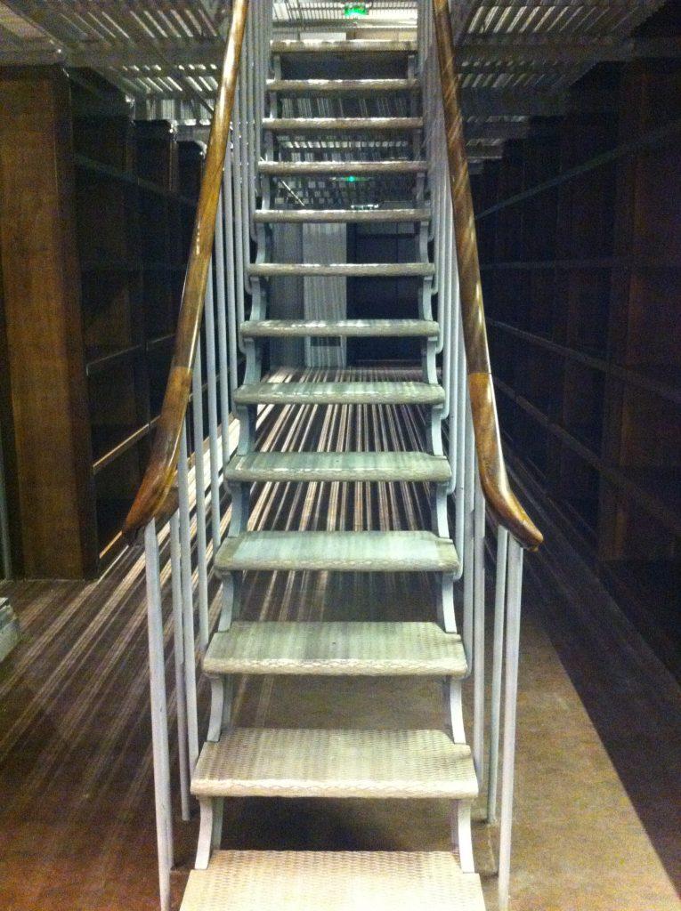 Les escaliers sont restés étroits